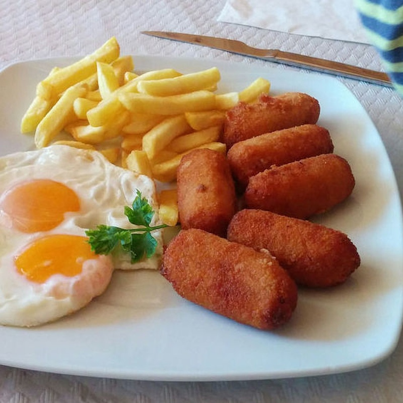 Platos combinados: Especialidades de Café Bar Restaurante El Remolino