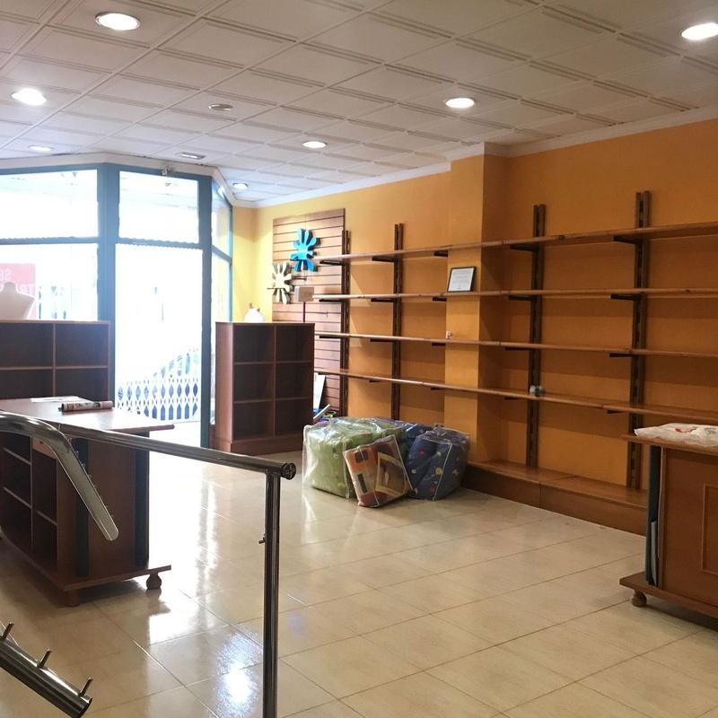Local en alquiler, Hellin 800€/MES: Compra y alquiler de Servicasa Servicios Inmobiliarios