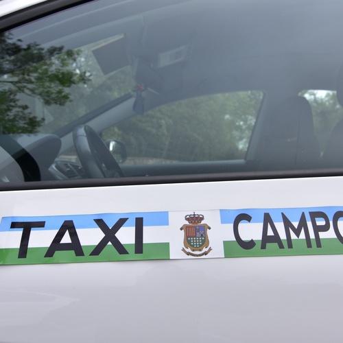Taxi para desplazamiento por la zona o largo recorrido