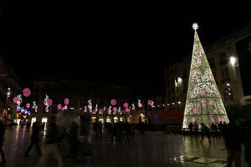 Fotos de Iluminación espectacular en Puente Genil   Ilméx