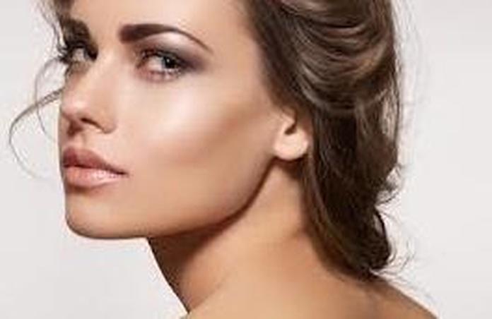 Depilación facial femenina : Depilación  de Esthetic Láser