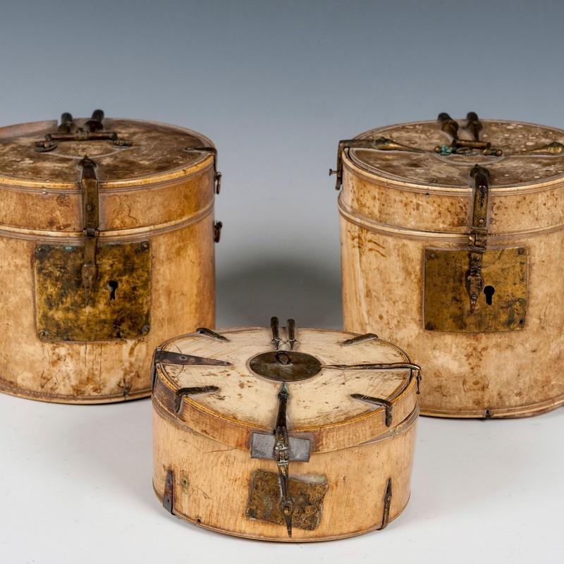 cajas y botes realizadas entre los Siglos XII y XIV : Catálogo de Goya Subastas