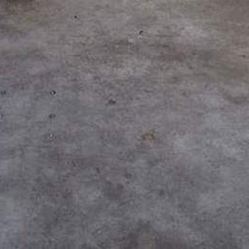 DESPUES DE LIMPIEZA DE GRASA DE SUELO DE TALLER
