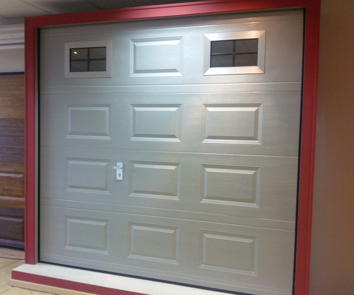 Puertas Seccionales Residenciales: Puertas automáticas  de Farem Puertas Automáticas