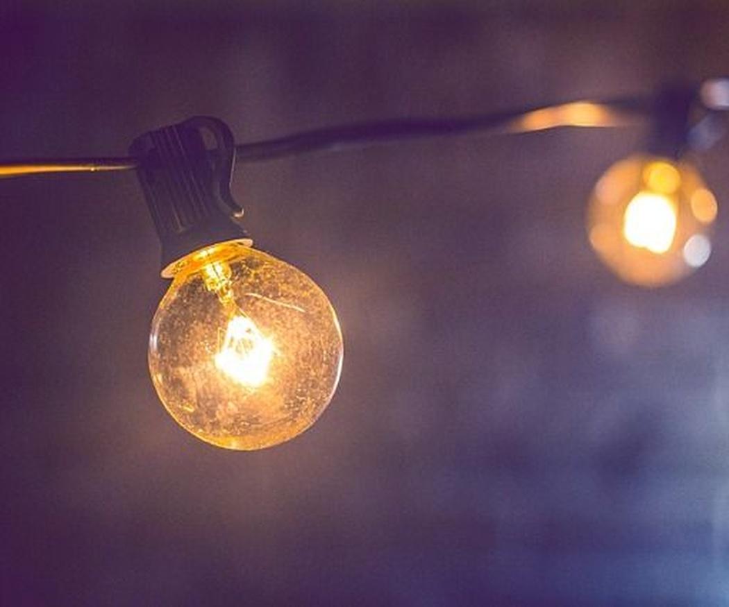 ¿Quién inventó la bombilla? La importancia de estar bien iluminado