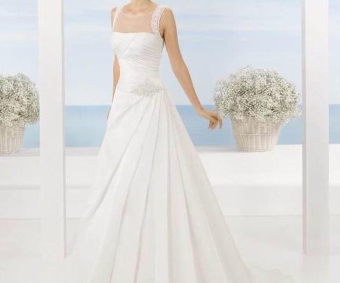 Colección Luna Novias: Vestidos de novia y otros de Lorena Rubio Vistiendo Sueños
