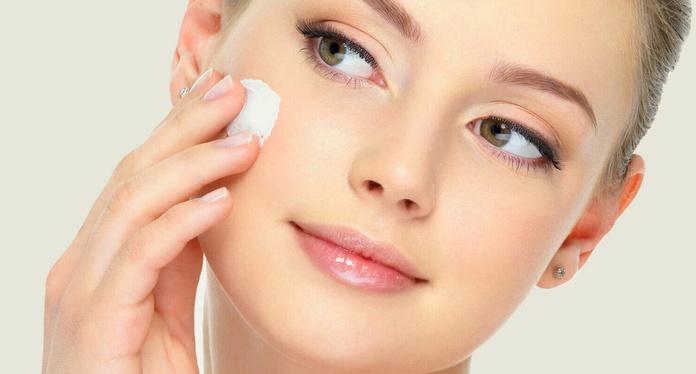 Tratamiento pieles acneicas: Servicios de Centro de estética integral y bienestar Mundo de Ensueño
