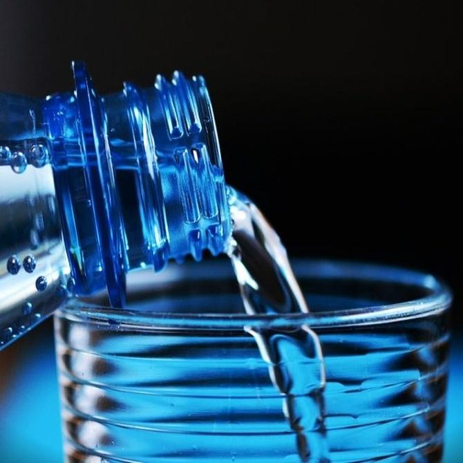 El agua te ayuda a adelgazar