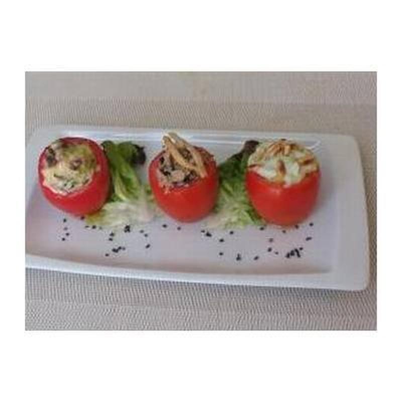 """""""Ensalada de tomates rellenos"""": Carta de Bisbe"""