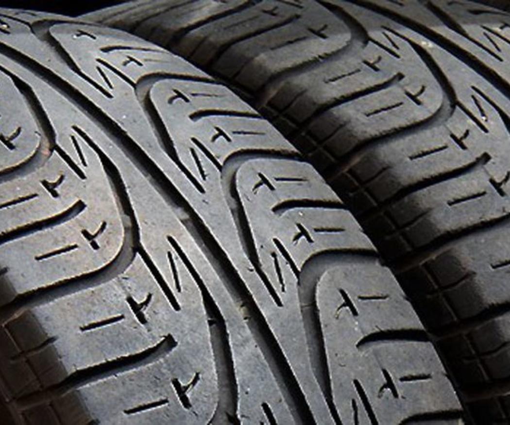 ¿Son interesantes los neumáticos recauchutados?