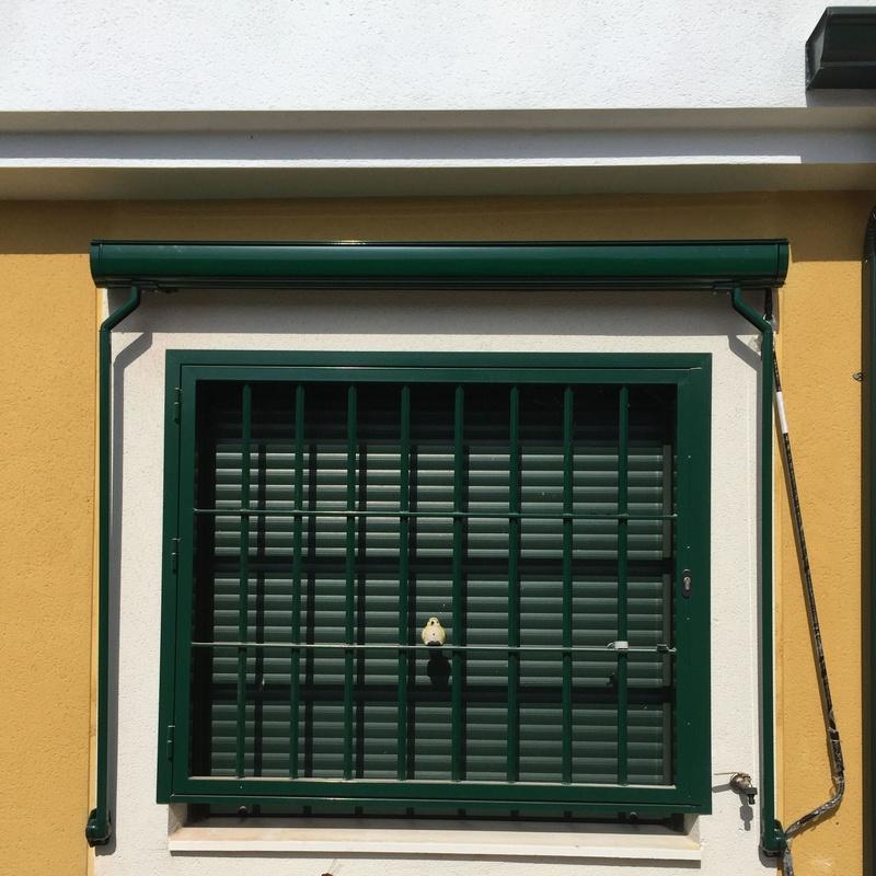 Toldos y pergolas: Productos y servicios de Hierros Y Aluminios Torres