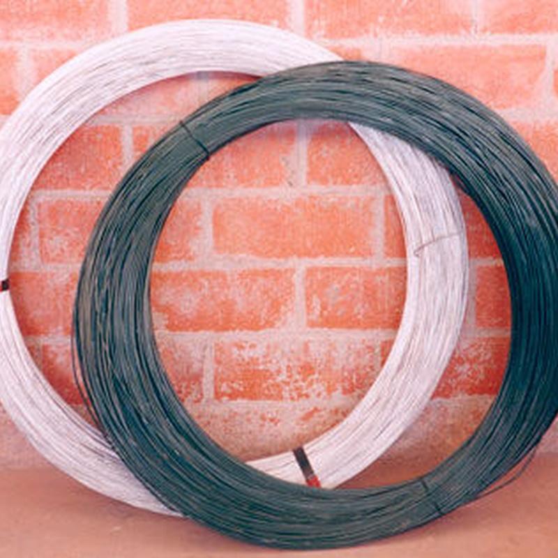 Alambre galvanizado y plastificado: Productos y servicios de Ferretería y Mallas Portillo