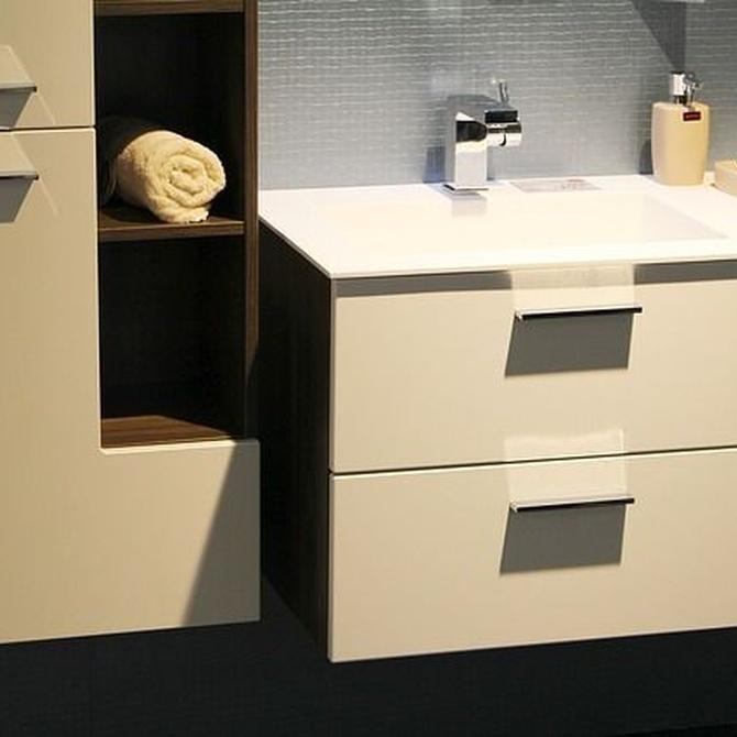 Ventajas de utilizar muebles a medida en el baño