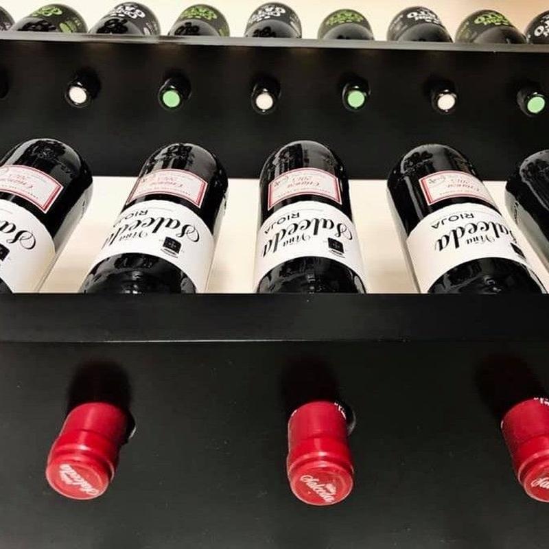 Carta de vinos: Servicios de Cafetería Tosteria O´Clock