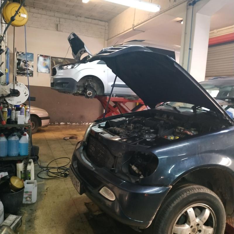 Mecánica en general: Servicios de Taller Joan Carles