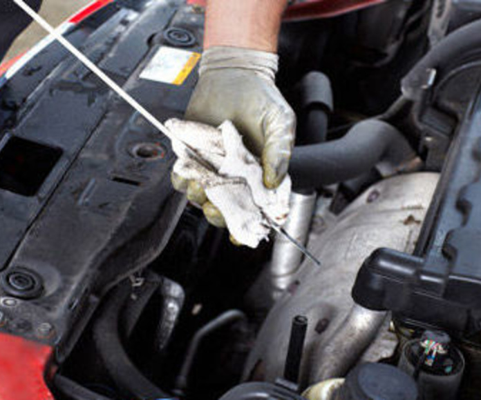 Mecánica: Servicios de Talleres Becerra