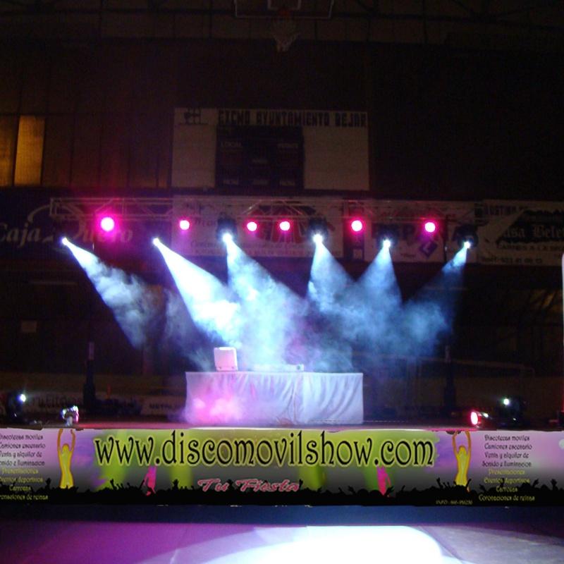 Montajes low cost: Servicios de Disco Móvil Show