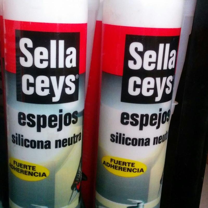 Silicona neutra espejos: Productos y Servicios de Miguel Angel Peña - Eparquet