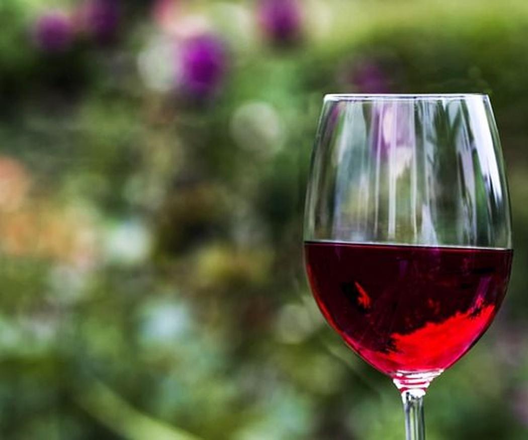 Cómo maridar con vino tus platos canarios