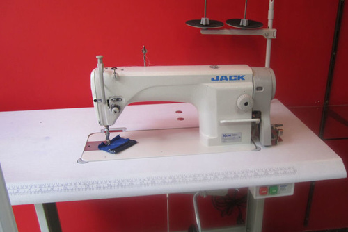 Máquinas de coser industriales y domésticas