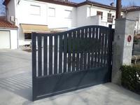 Vallas y puertas de acceso en aluminio: Nuestros productos de Metálicas Copado