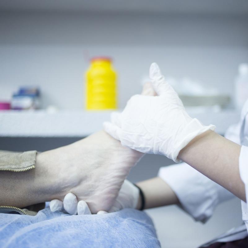 Peluquería y podología: Servicios de Servi 3