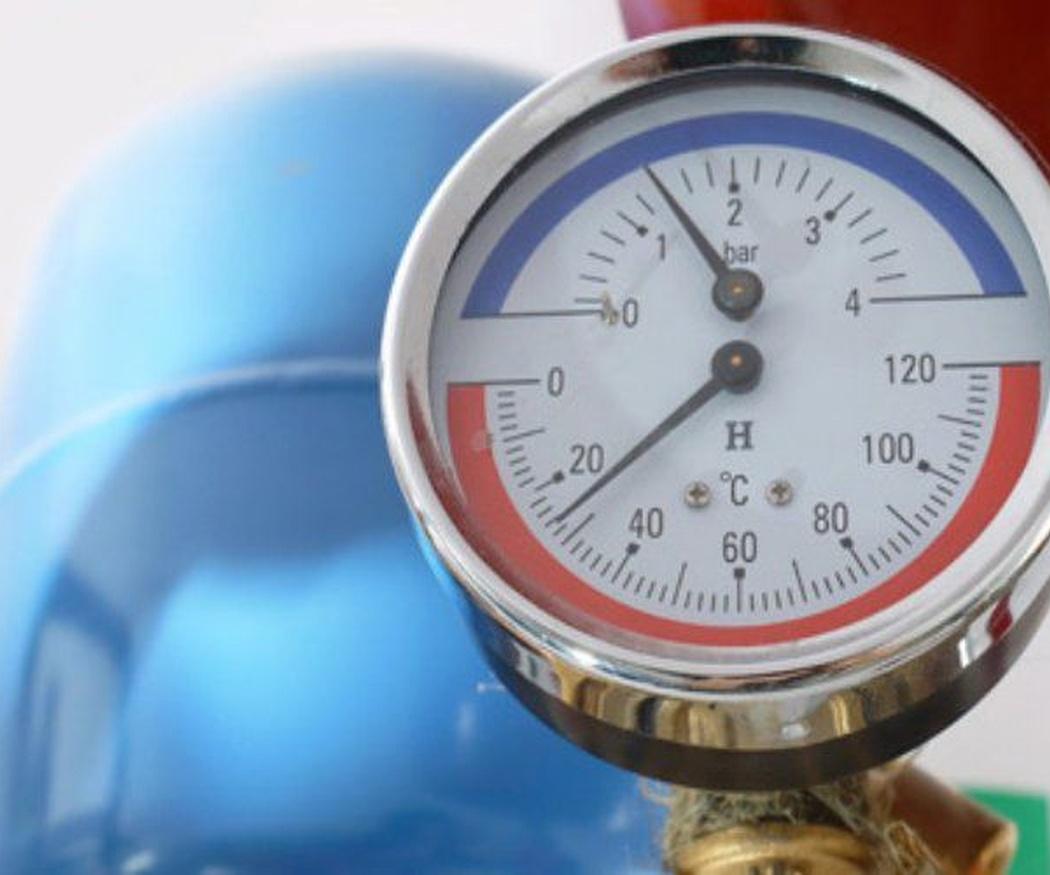 Cómo recuperar la presión adecuada de la caldera