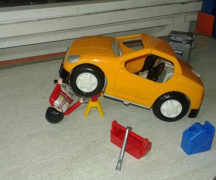 Descontaminacion de vehjculos fuera de uso de Playmobil en Desguaces Clemente de Albacete
