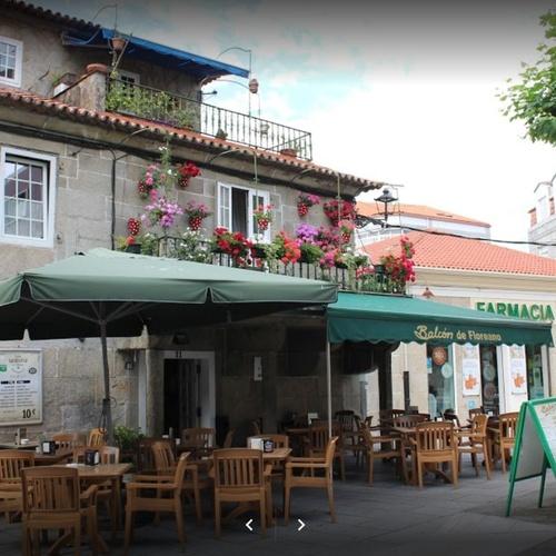 Ven a nuestro Restaurante Balcón de Floreano