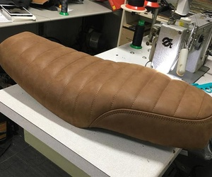 Tapicería de sillín de moto