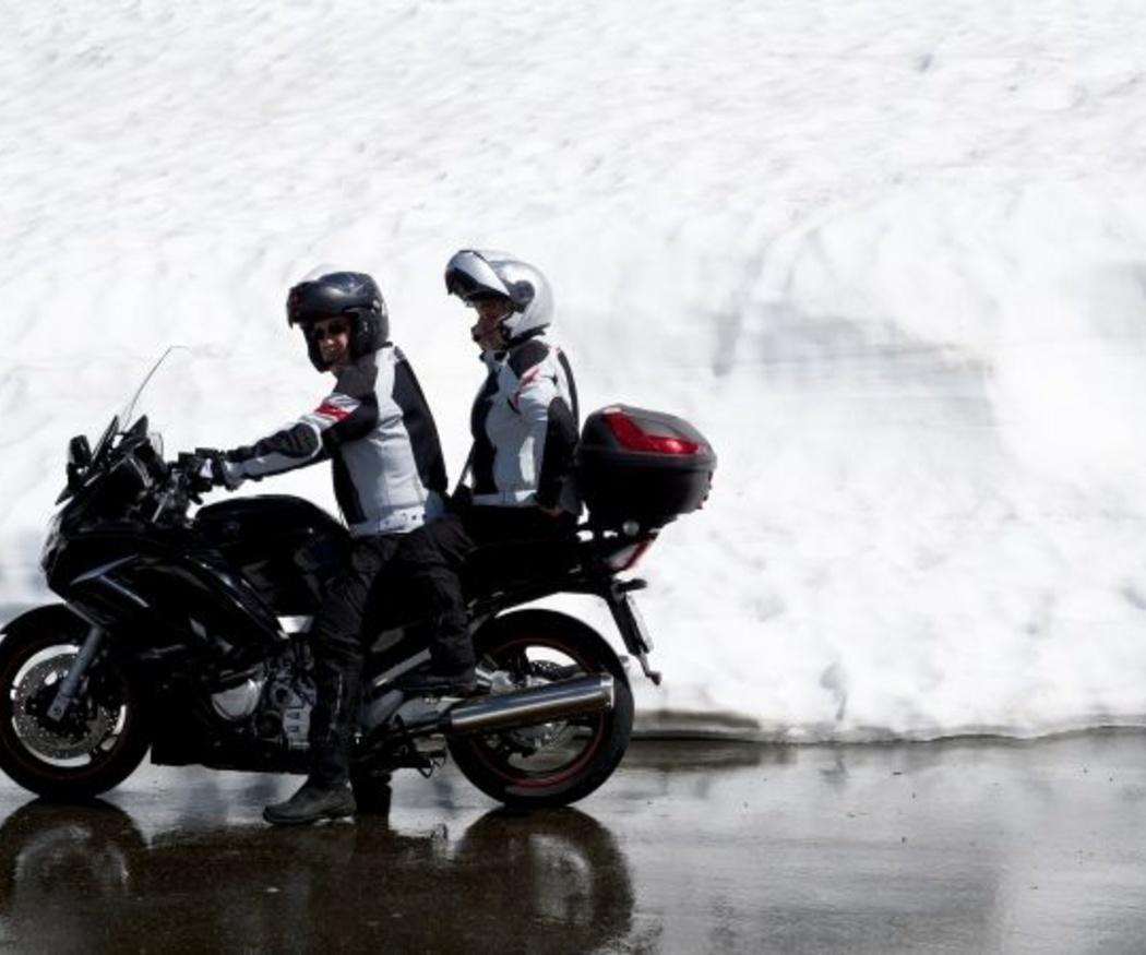 Consejos para conducir tu moto en invierno