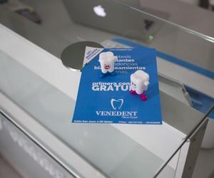 Clínica de implantes dentales en León