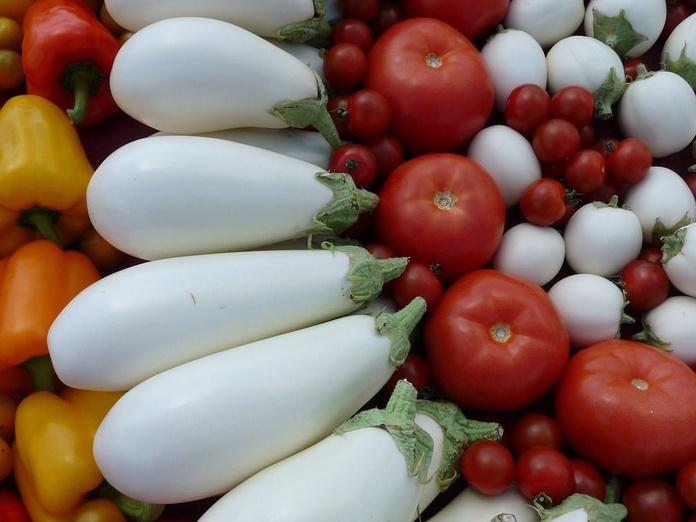 Berenjena blanca: Productos y servicios de Ecozara