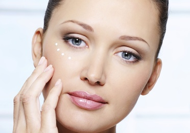 Implantes relleno facial