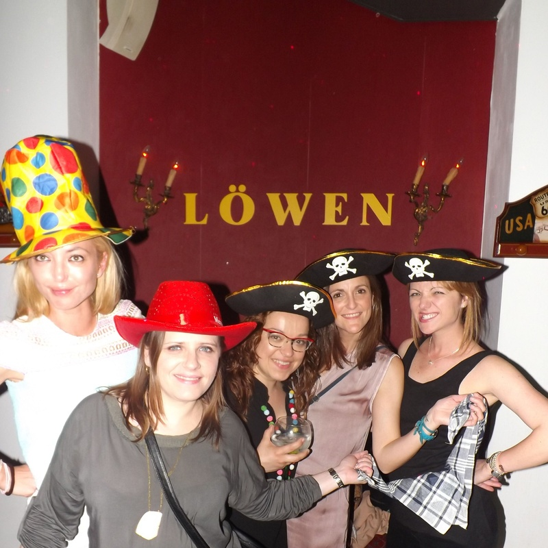 Disfraces: Servicios y eventos de Löwen Pub