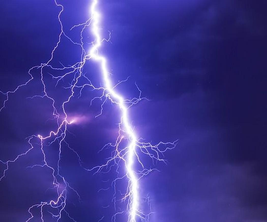 ¿Cómo actuar en el hogar ante una tormenta eléctrica?