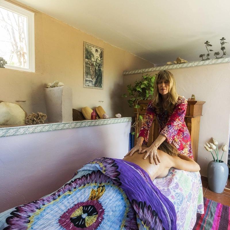 Masaje relajante: Terapias de QoriSalud, Bienestar Integral en Polop de la Marina