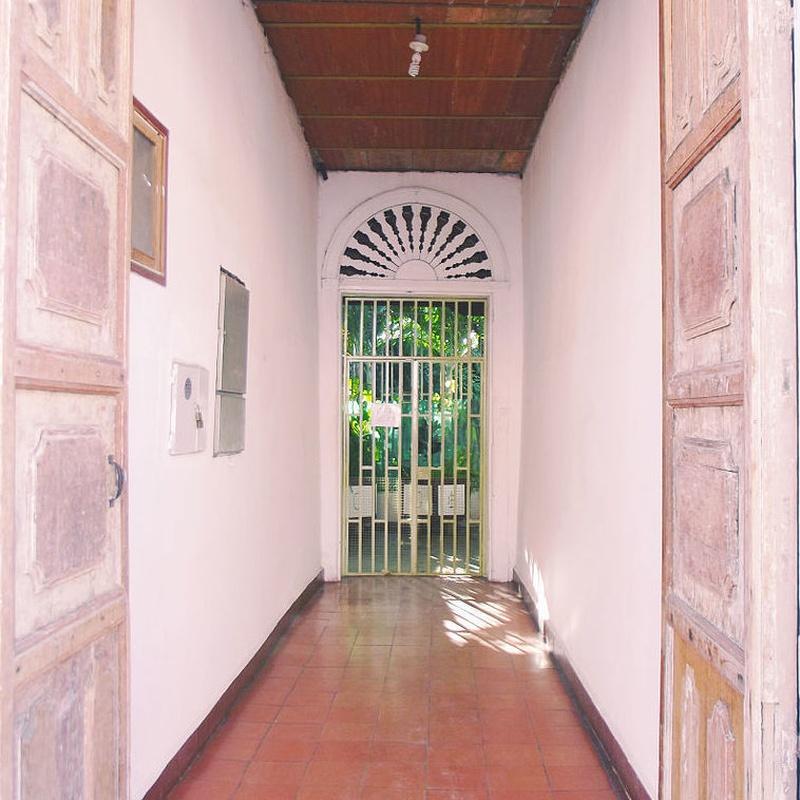 Zaguanes: Obras y reformas   de JCS Casas Obras y Reformas