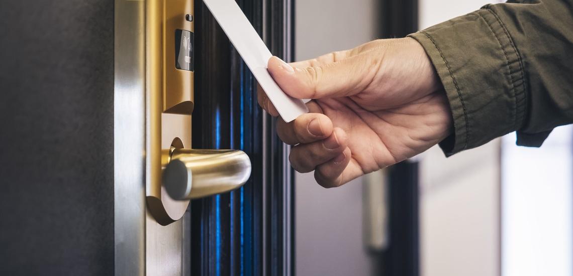 Controles de accesos y presencia en Zaragoza para garantizar la seguridad