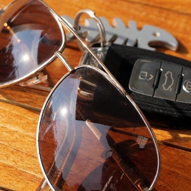 Trucos para ocultar la llave del coche cuando vas a la playa