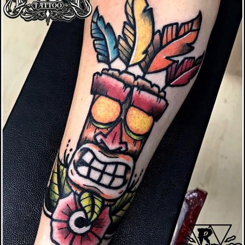 Crash mascara aku aku tattoo
