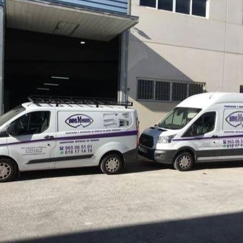 Vehiculos oficiales de Inoxmueble.