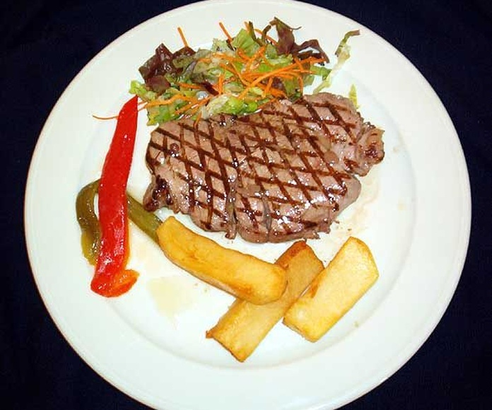 Carnes: Especialidades de Finca el Duque. Finca privada para bodas y eventos en Gijón