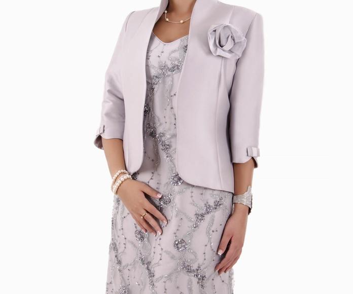 Delirio: Vestidos y complementos   de Caprichos