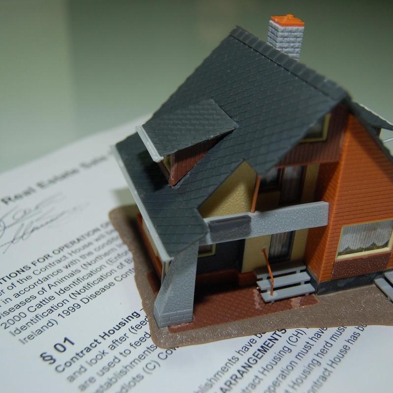 Herencias, sucesiones, comunidades de propietarios