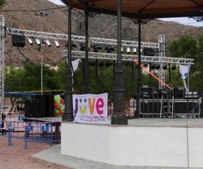 Escenarios y tarimas: Nuestros servicios de Jukeval Eventos