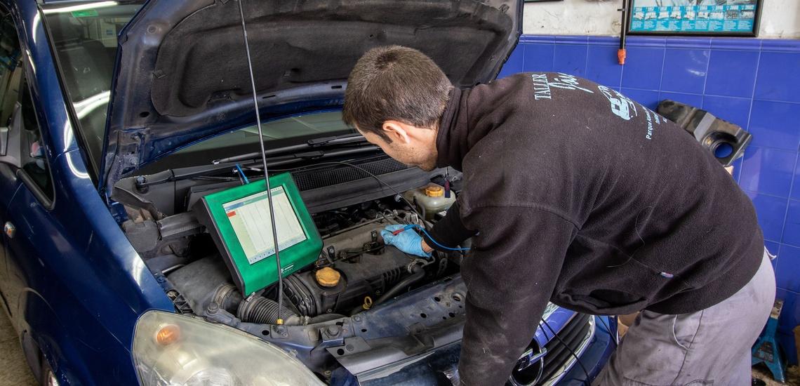 Reparación y clonación de centralitas de coches en Algeciras