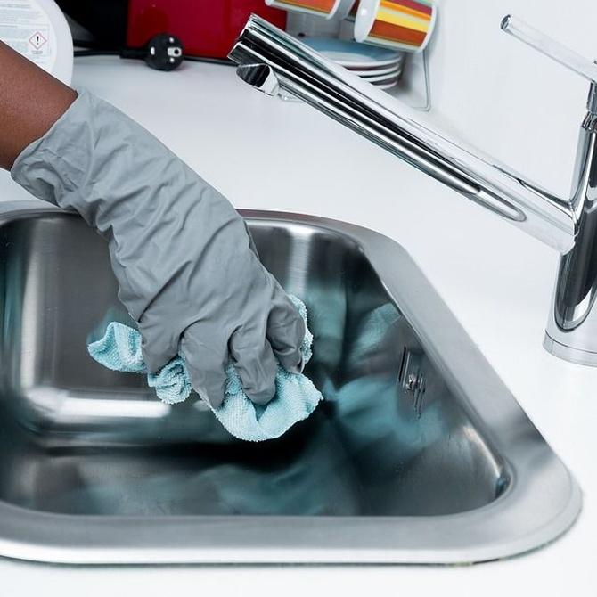 Servicio de limpieza en la ayuda a domicilio