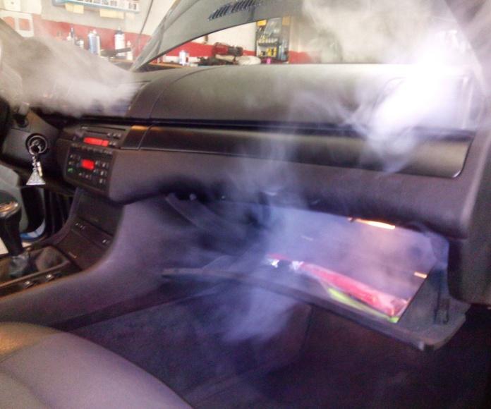 Limpieza técnica de coches: Servicios de Talleres LGA