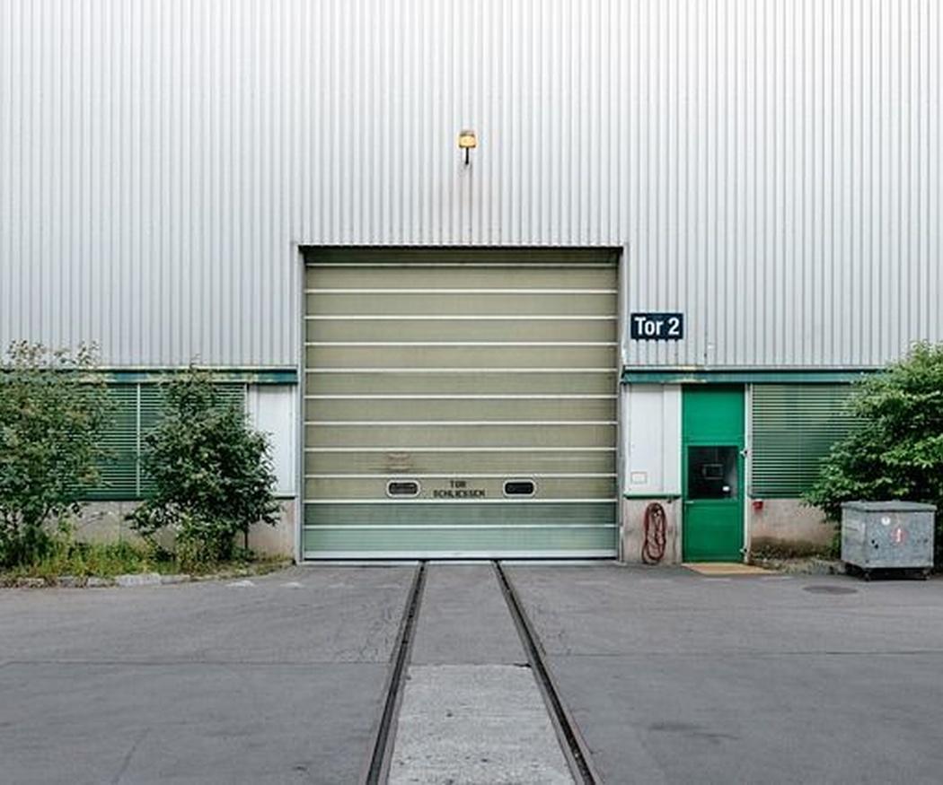 Tipos de motor para automatización de puertas